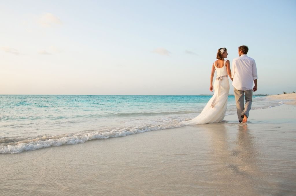 Start Planning Your Perfect Turks And Caicos Wedding At The Tuscany On Grace Bay