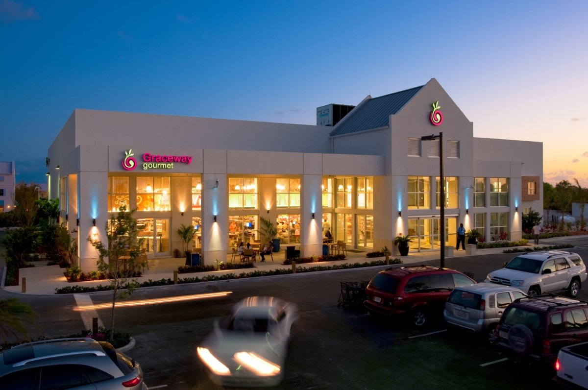 Graceway Gourmet – Fully Stocked Grocery Store Just A Few Minutes Drive Away From Your Suite