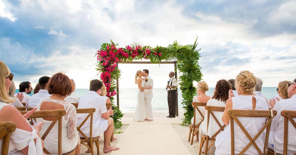 a destination wedding in Turks & Caicos : The Ceremony