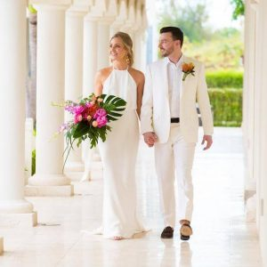 A Destination Wedding In Turks And Caicos: Photoshoot At The Tuscany On Grace Bay