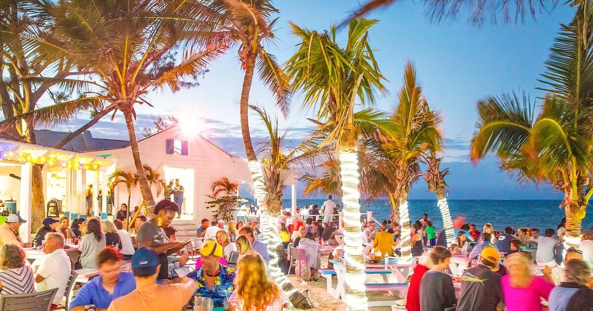 Da Conch Shack is the perfect place in Provo to eat when visiting Turks and Caicos with kids.
